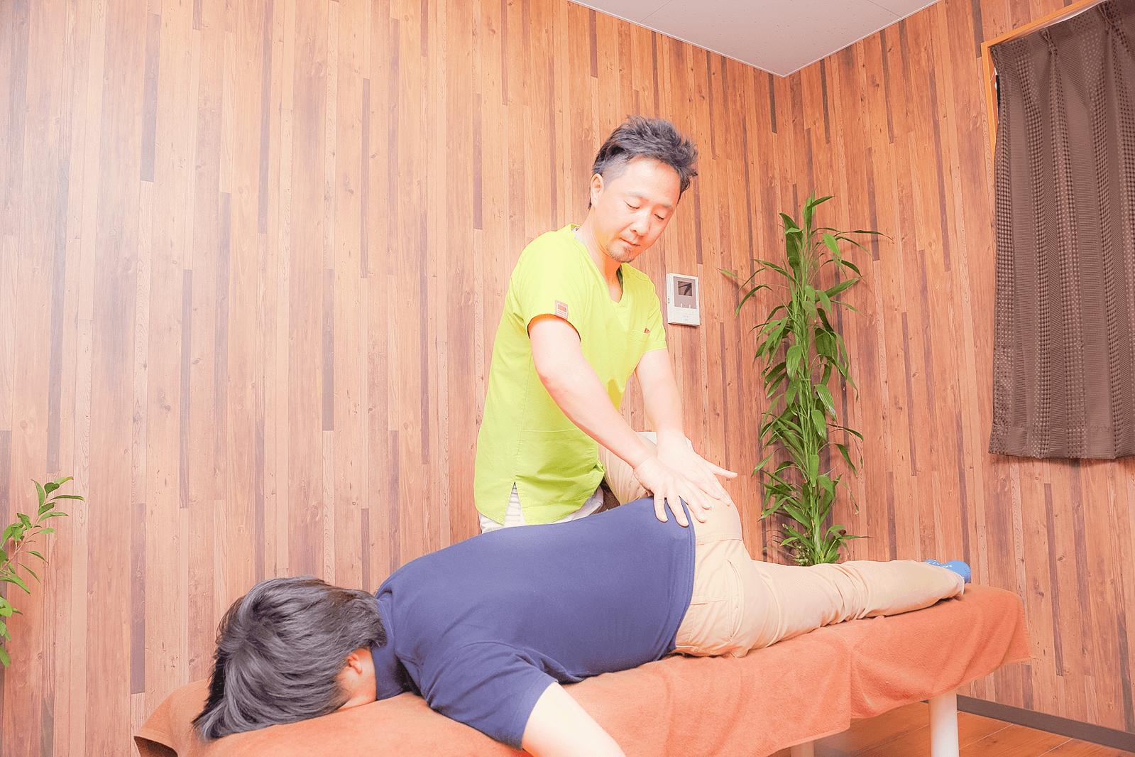 肩こり、脱臼、骨折、挫傷、ぎっくり腰など 様々な痛みの治療 | 川口市南鳩ヶ谷の整骨院 はた整骨院